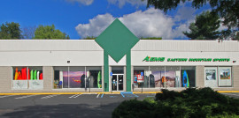 Route 17 Retail Facade, Paramus, New Jersey